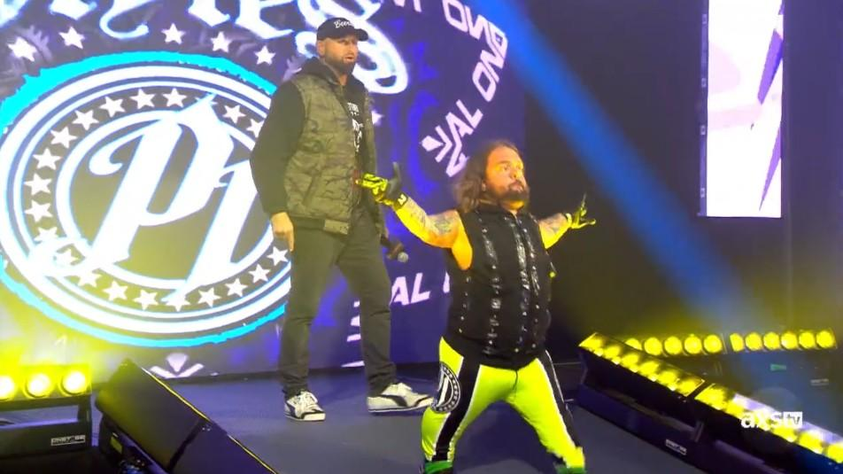 Swoggle vence primeiro combate ao estilo de AJ Styles