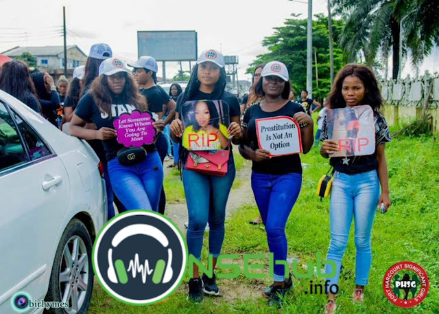 People protesting that something should be done about the Port Harcourt girl murder