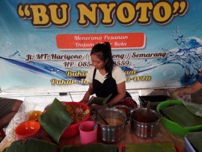 Kuliner Semarang, Nasi Ayam Bu Nyoto, Masakan Semarang, Jajan Semarang, Maen ke Semarang, Sarapan Nasi Ayam Bu Nyoto