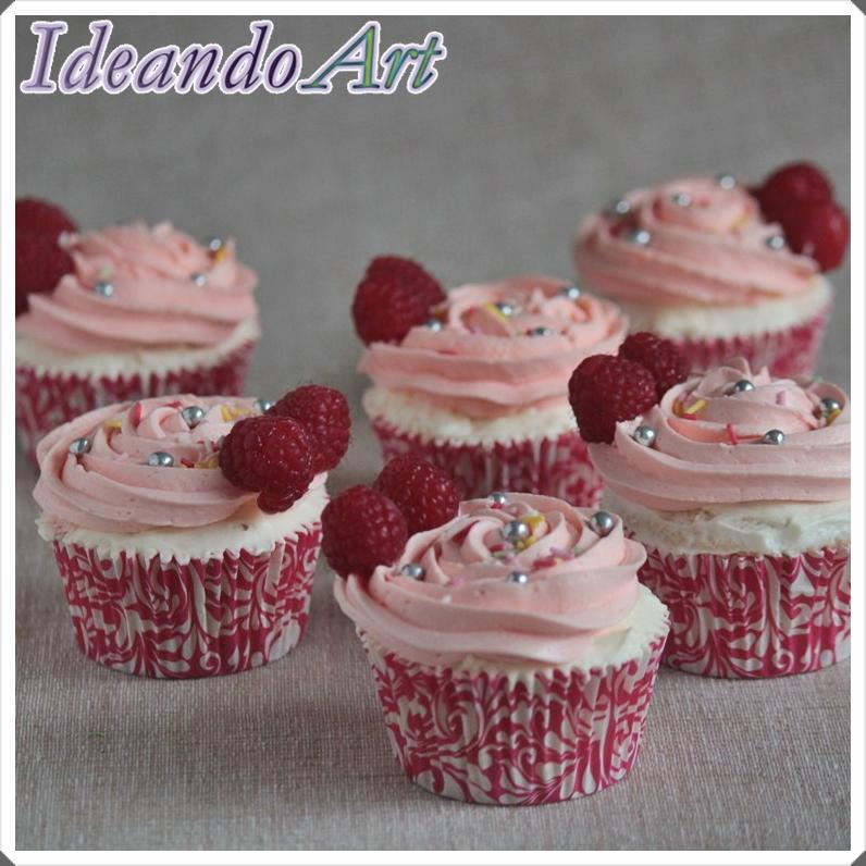 Cupcakes de cava con frambuesas
