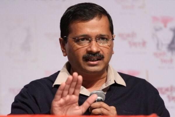 गोवा में घोटाले और भ्रष्टाचार के आरोपी को केजरीवाल ने बना दिया AAP का मुख्यमंत्री उम्मीदवार