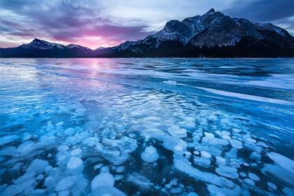 ทะเลสาบอับราฮัม (Abraham Lake) @ www.jamesb.com