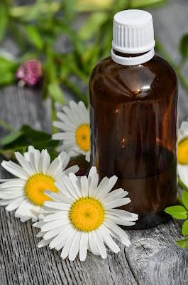 minyak atsiri essential oil