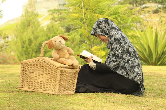 perbanyak membaca kisah nabi-nabi dan orang-orang yang shalih