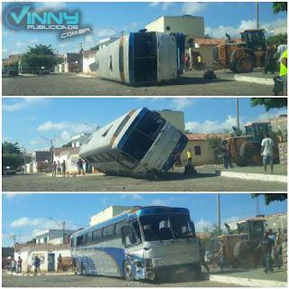Ônibus com romeiros de Ibicoara