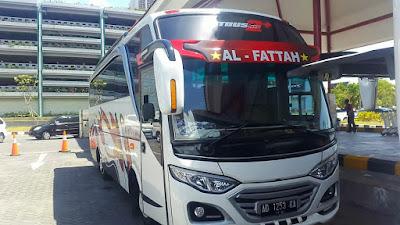 Sewa Bus Pariwisata  Solo 35 Seat