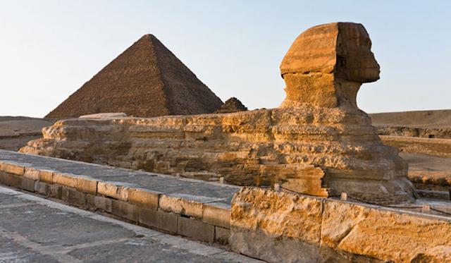 foto-yang-diambil-dari-puncak-piramid-secara-rahsia-6