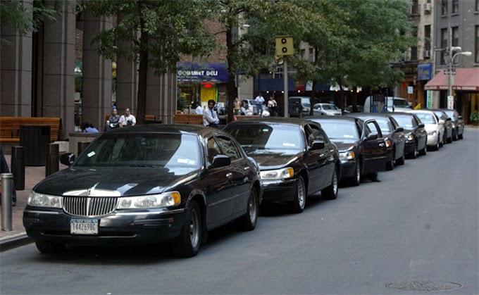Más de 100 bases de taxis dominicanas y latinas han cerrado en NY desde 2015 por operaciones de Uber y Lyft