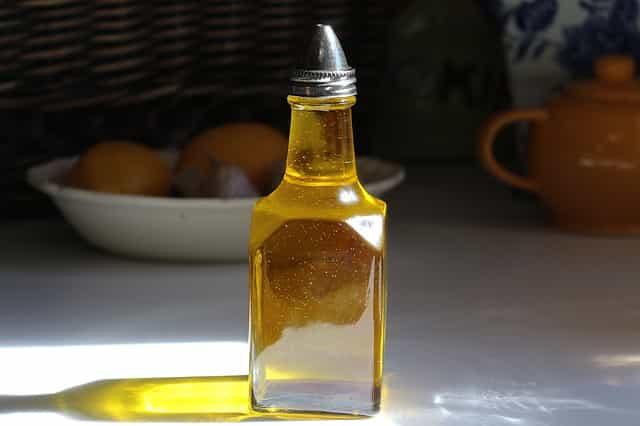 Neem Oil - नीम का तेल एक दिव्य औषधि - नीम आयल के फायदे - benifit of neem oil in hindi-vijay bhagat vb good thoughts