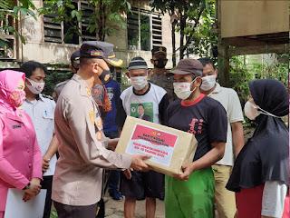 Menyambut Hari Bhayangkara Ke-75, Tak Disangka Kapolres Enrekang Berikan Bantuan Ini!!