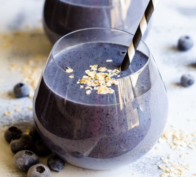 Blueberry Almond Milk Smoothie #drink #healthy