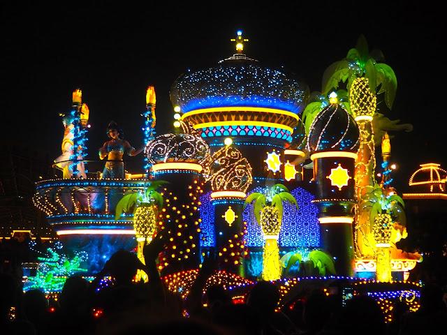 Aladdin float, Dreamlights parade, Tokyo Disneyland, Japan