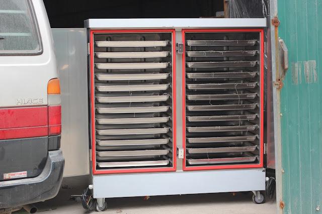 Tủ nấu cơm công nghiệp 24 khay dùng điện
