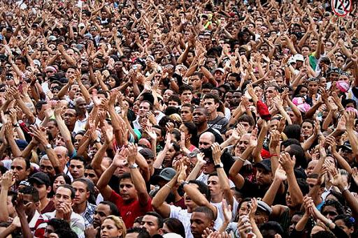 Pesquisa aponta o Brasil  o quarto país com mais cristãos evangélicos.