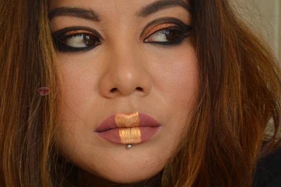 Rock make-up con ombretto rame My Two Cents di H&M, con il mascara Le Film Noir di Nabla