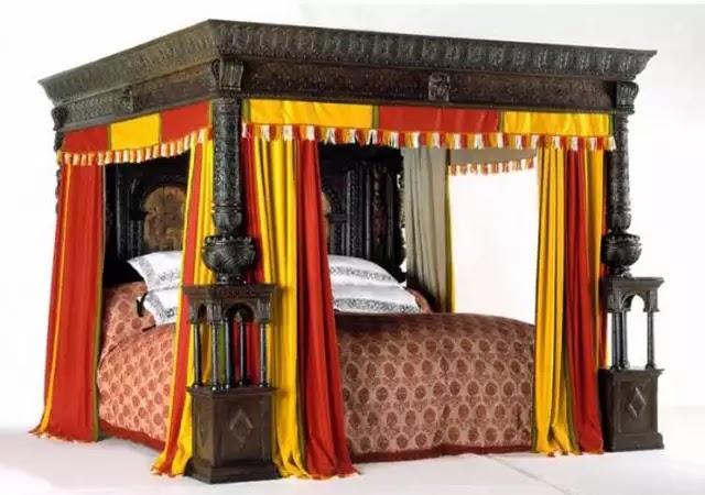 16. yüzyılın sonunda yapılan fantastik dev yatakta, 8 kişi rahatlıkla yatabiliyordu.