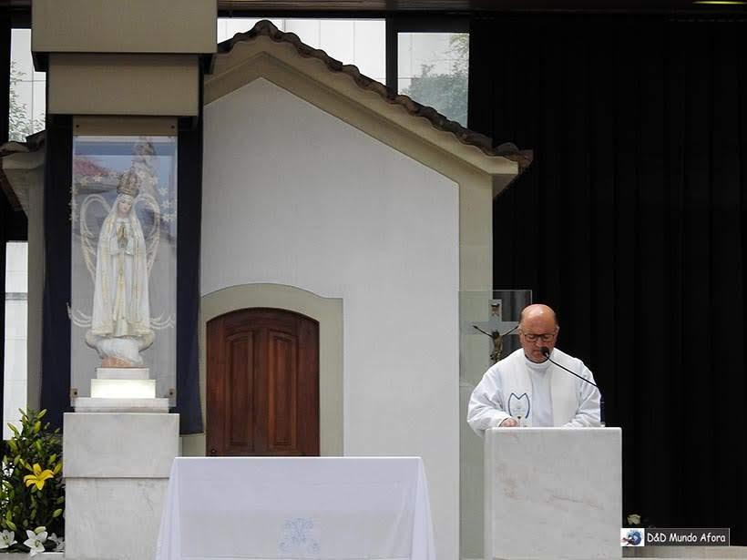 Missa na Capela das Aparições - O que fazer em Fátima