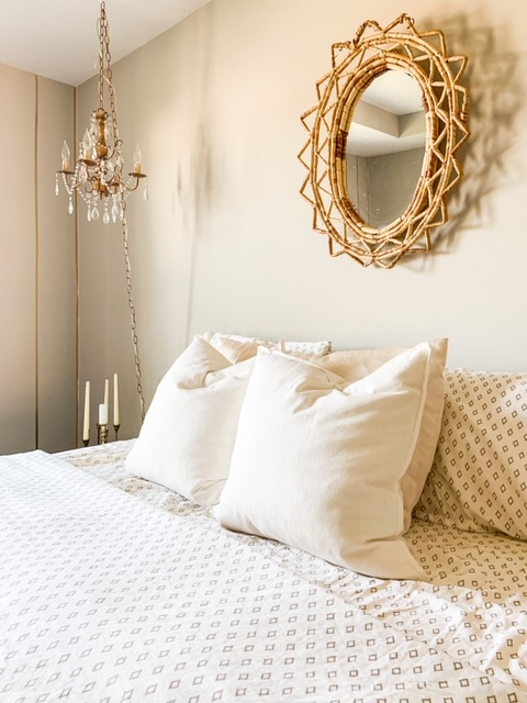 Gold and white bedroom decor