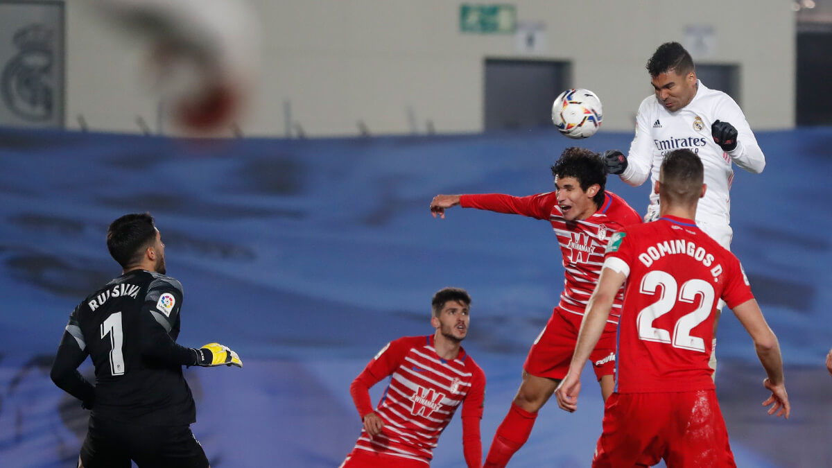 ملخص واهداف مباراة ريال مدريد وغرناطة (2-0) الدوري الاسباني