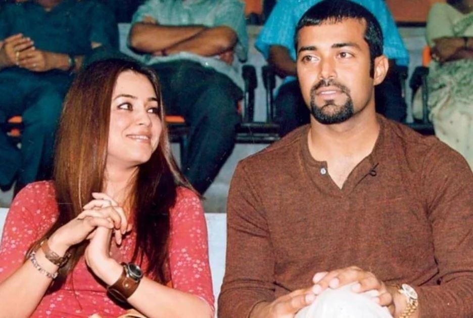 mahima chaudhary romantic pic