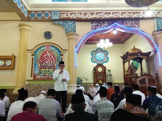 Saat Wako Ahmadi Shalat Idul Adha Bersama Masyarakat di Masjid Baitunnur Sungai Liuk