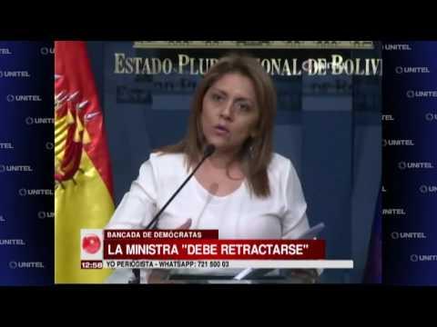 VIDEO: BANCADA DE DEMÓCRATAS PIDEN QUE MINISTRA DE COMUNICACIÓN DEBE RETRACTARSE