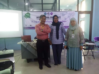 Lecturers and Students of English Education Attended and Participated in International Conference of ICON ELTL in Lampung University