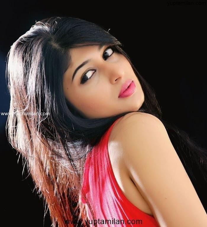 Kannada Actress Aditi Prabhudeva Hottest Photos & Images
