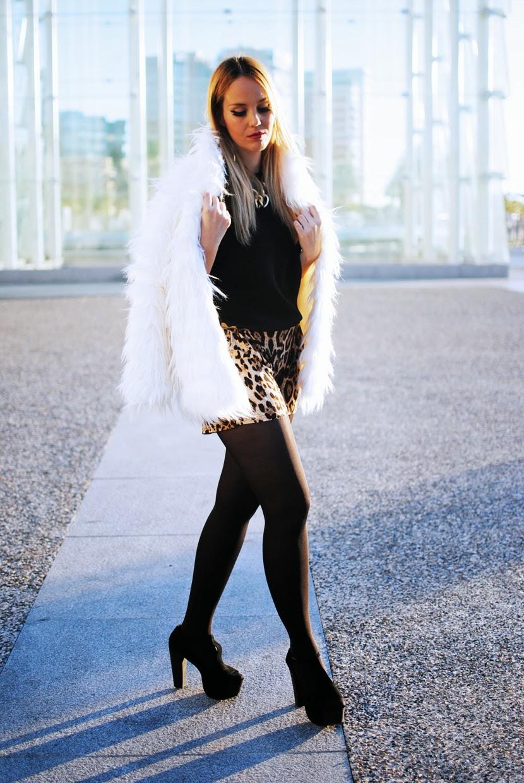 Nery Hdez, yeti, abrigo de pelo, print leopard, sammydress ,