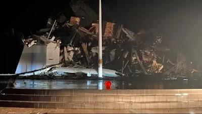 Kantor Gubernur Ambruk, 3 Meninggal, Puluhan Luka-luka Akibat Gempa Kuat Landa Majene