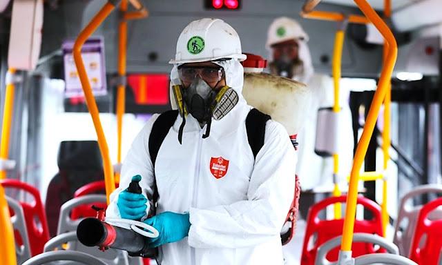 Limpieza y desinfección de los buses de los corredores complementarios