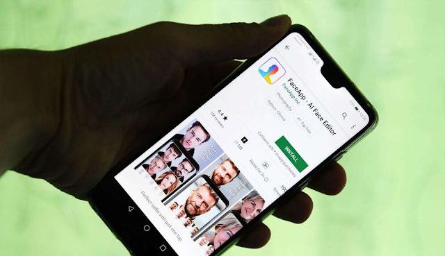 الكل يشارك صوره من تطبيق فايس اب على كل مواقع التواصل الإجتماعي، بحيث إحتلت هاشتاغات فايس اب موقع تويتر.