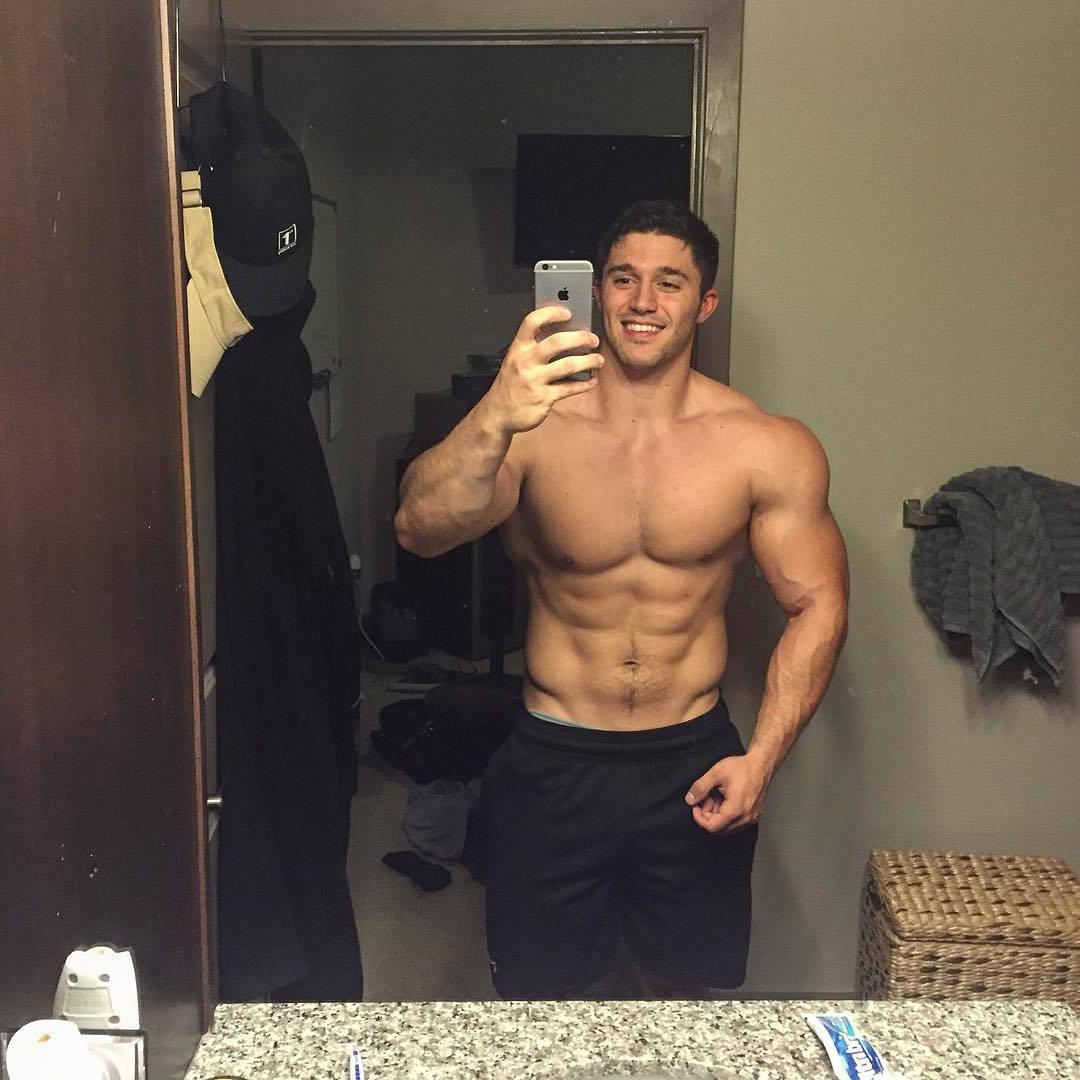 blake-mouyassar-selfie-handsome-max-irons-bare-chest-muscle-body