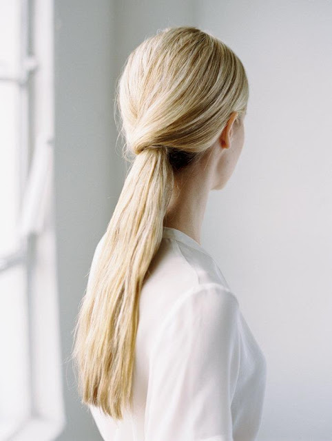 simple-chic-wedding-hairstyle