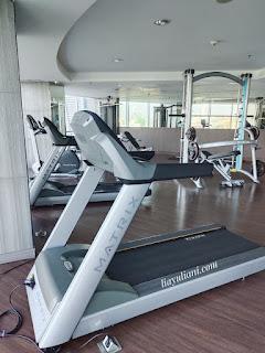 Tempat fitness Crowne Plaza