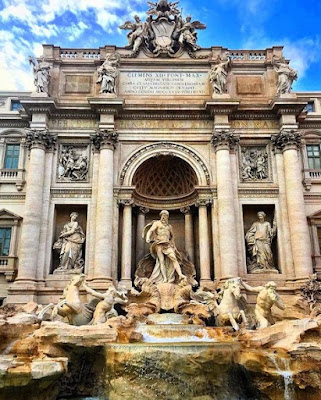 Trevi Fountain, Roma, Italia