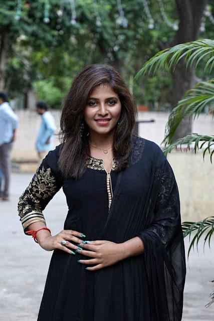 Actress Anjali new stills at Taramani Tamil movie Success Meet
