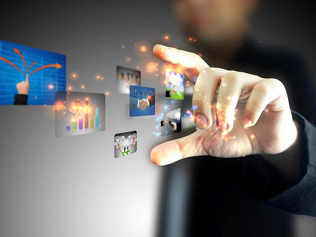 Melek Industri 4.0, Stikom Interstudi Gelar Kuliah Umum Komunikasi Digital