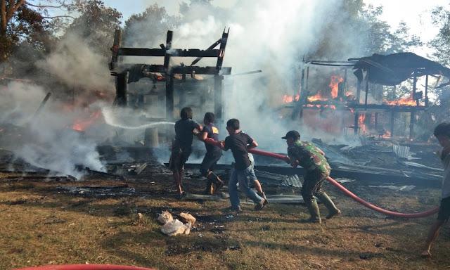 Rumah Tongkonan Milik Yosef Serang Ludes Dimakan Api, Kerugian pun Mencapai 800 Juta Rupiah