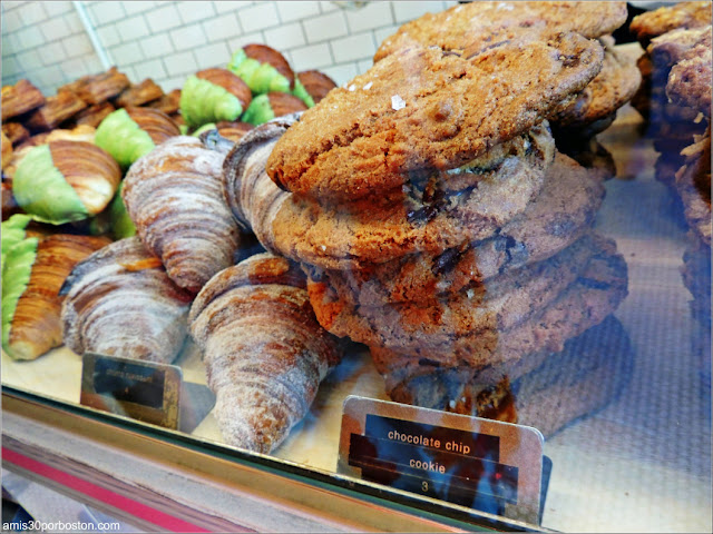 Mr. Holmes Bakehouse: Croissants and Cookies