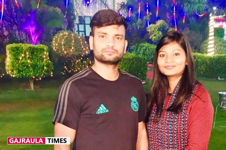 manu-kashyap-with-sister-anupriya