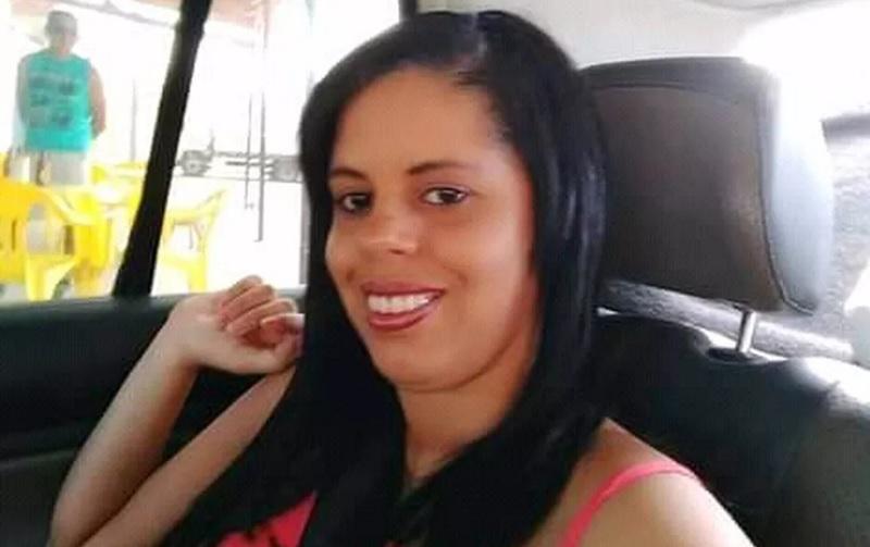 Mulher é assassinada a tiros no bairro Mandacaru, em Petrolina (PE) - Portal Spy Notícias de Juazeiro e Petrolina