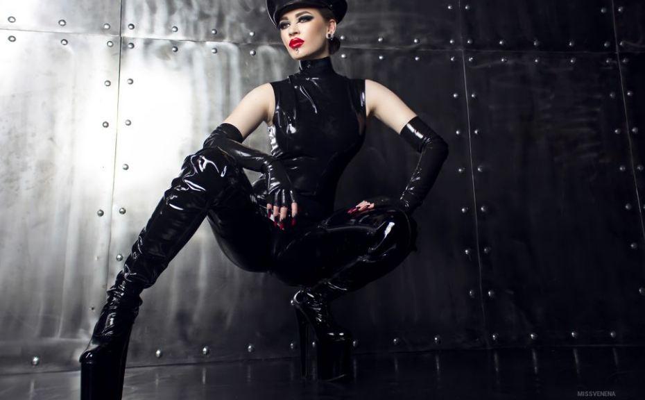 MissVenena Model GlamourCams
