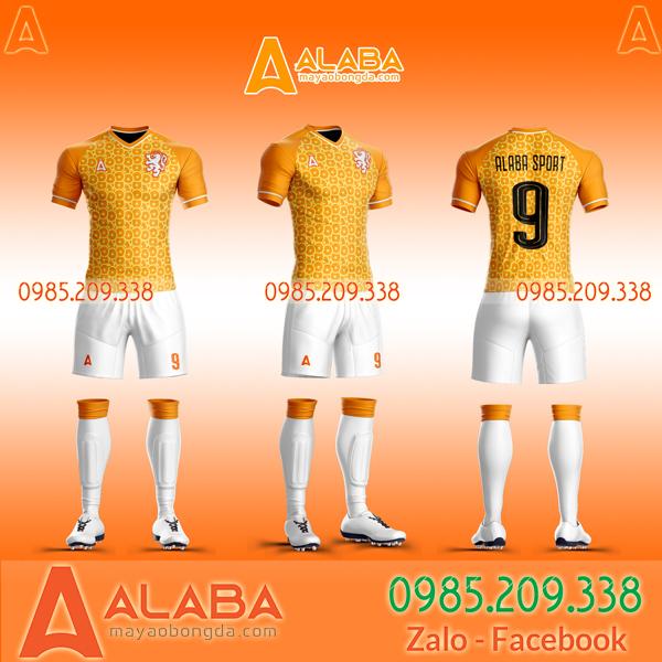 Quần áo đá bóng