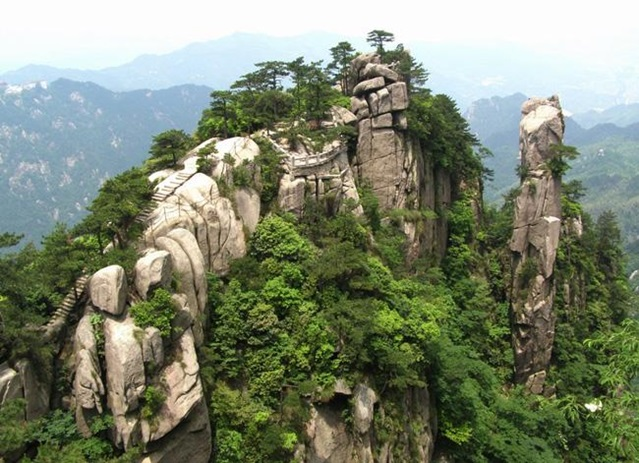 ภูเขาจิ่วหัวซาน (Mount Jiuhua)