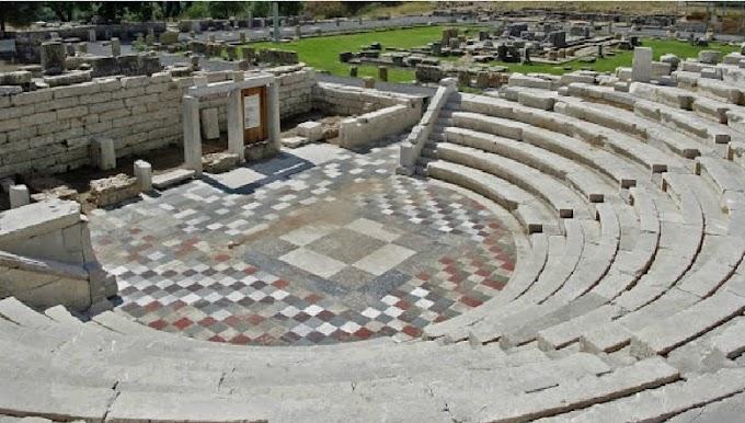 Τα αρχαία Ελληνικά θέατρα χρησιμοποιούσαν κινούμενα σκηνικά πριν 2000 χρόνια