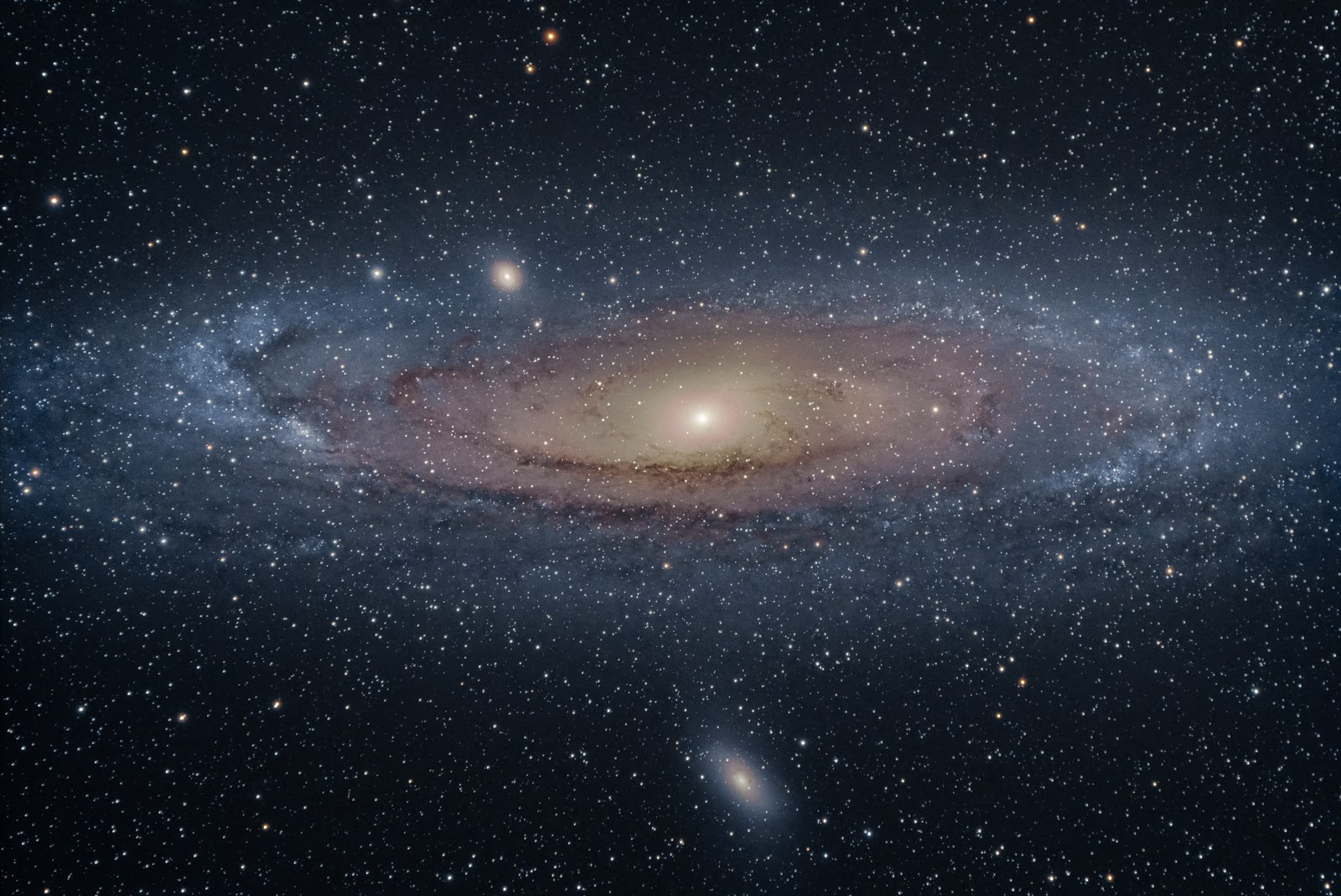 Andromeda Galaxy - Wallpaper HD | Earth Blog