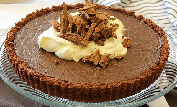 How to make chocolate biscuit tart
