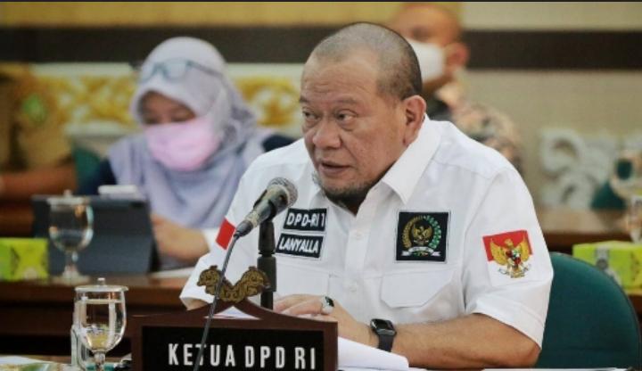 Ketua DPD Minta Kebijakan Penghapusan Guru dari Formasi CPNS Dikaji Ulang