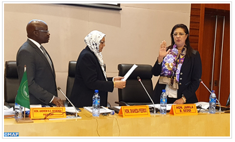 """القاضية المغربية جميلة صدقي لدى المحكمة الإدارية للاتحاد الإفريقي.. مسار ناجح يجمع بين القضاء و""""الدبلوماسية القضائية"""""""